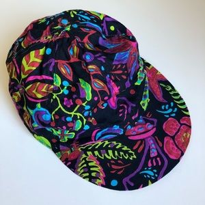 3/$30💚Reversible colourful hat